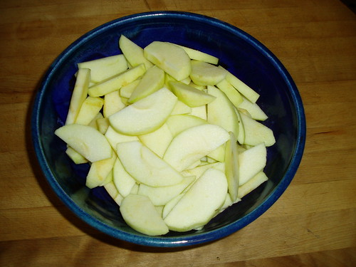 peeled and sliced apples