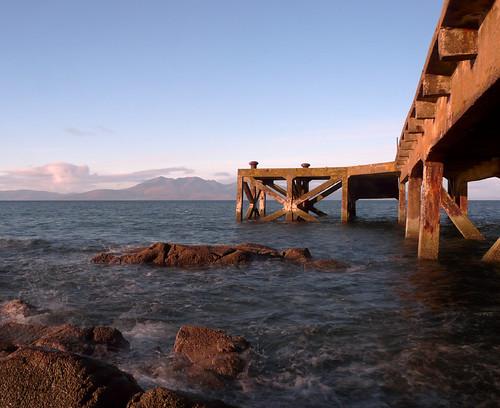 Portencross pier and Arran 12Nov08