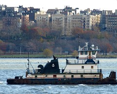 BUCHANAN 12 Tugboat on the Hudson River, New York City (jag9889) Tags: city nyc ny newyork boat harlem manhattan buchanan tugboat hudsonriver tug 2008 buchananmarine buchanan12 y2008 jag9889