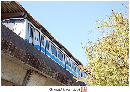 士林捷運站