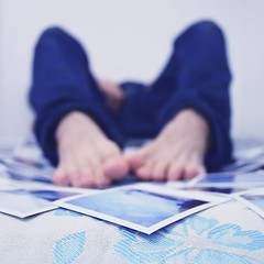.galleggiando. (andrenzo) Tags: blue portrait love film composition self polaroid photography foot photo bed dream dreams intro foots introcoso andrenzo andreacolombo introvertevent colomboandrea