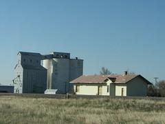 IMG_10750 (old.curmudgeon) Tags: santafe texas elevator depot atsf santafedepot 5050cy