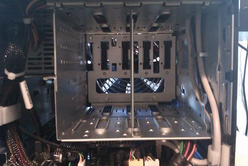 Microserver hard drive bays