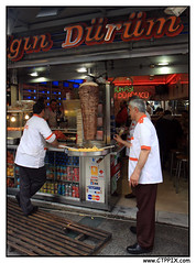 DONER KEBAB (CTPPIX.com) Tags: trip travel food canon turkey urlaub turkiye gyros istanbul frenchfries taksim beyoglu turkish turk doner istiklalcaddesi turkei durum 40d turkishdner ctpehlivan ctppix durumcu donerci