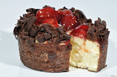 sweet Sunday (Black Forest Cheesecake) (Magda'70) Tags: macro closeup cherry yummy nikon sweet weekend sunday sb600 cheesecake d300 105mm aplusphoto zymon