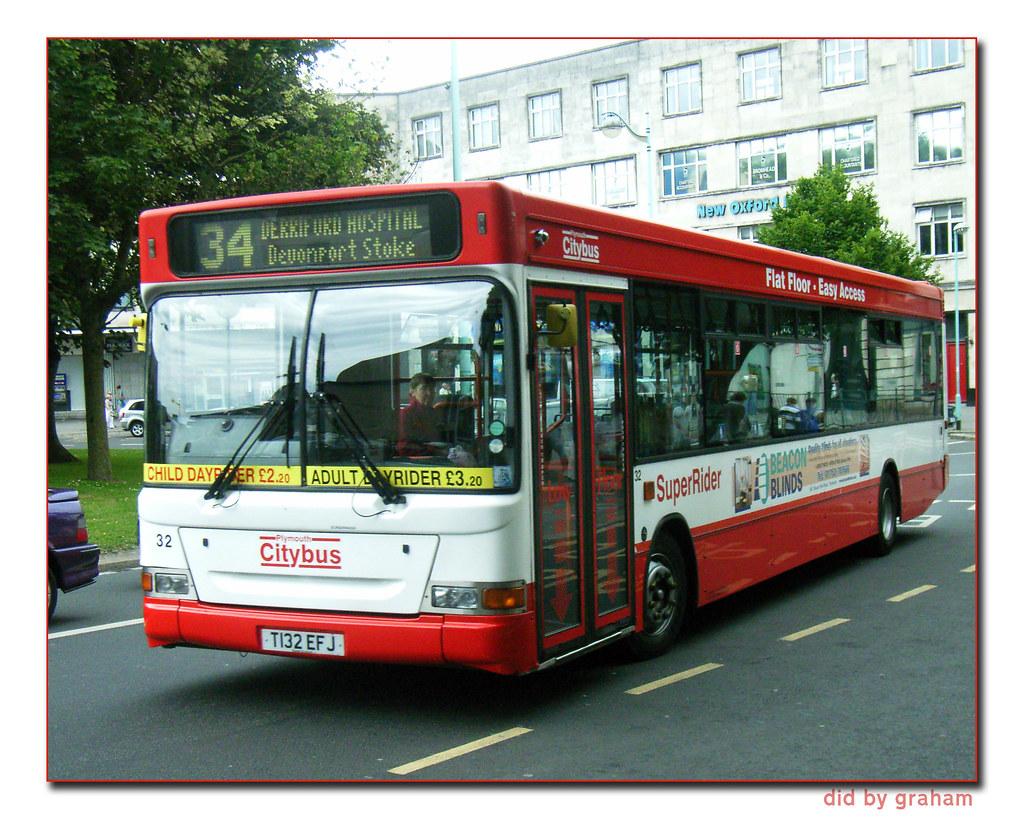 Plymouth Citybus 032 T132EFJ