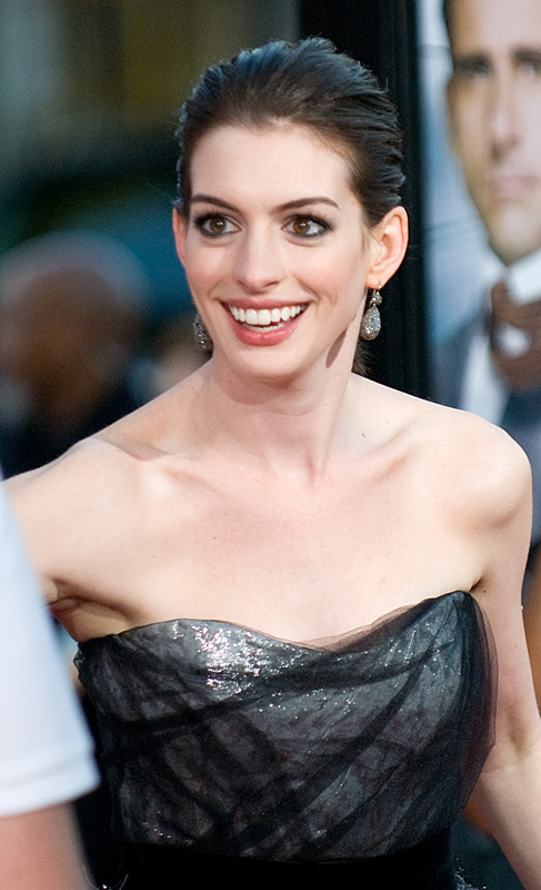 hathaway get smart. 2586483680 26d0125d6a o Anne Hathaway Get Smart premiere arrival. Source: http://www.flickr.com/photos/10607722@N00/2586483680