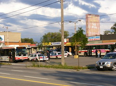 Buses and police (Sean_Marshall) Tags: toronto ontario sunrise explosion northyork propane downsview torontoexplosion