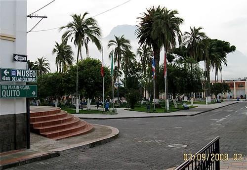 cotacachi-square