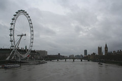 english skies! (lethaargic) Tags: inglaterra england london londoneye bigben londres rainydays greyskies riotmisa