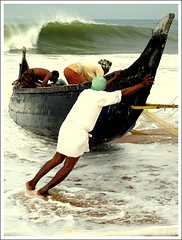 Life of a Fisherman (thefotobaba) Tags: sea boat waves sony kerala 80 fisheman w80 dsc09921 epiceditsselection