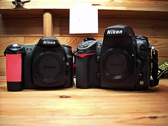 Nikon D50 vs Nikon D700 (Lode Schildermans) Tags: camera new old love d50 nikon heaven gear hate d700