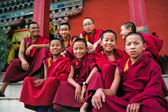 M o n k s (Jeff Bauche._.)) Tags: voyage travel nepal portrait smile kids children fun temple photography kid travels child retrato portrt monks enfants portret enfant sourire ritratto smily rire portrat monastry nepali voyages npal sourires laught shechen bauche nepalais npalais platinumphoto anawesomeshot diamondclassphotographer flickrdiamond theperfectphotographer earthasia jeffbauche jeanfranoisbauche bhoddnath jeffbauche jeffbauchehotmailcom