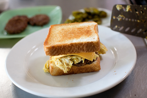 Cowboy Breakfast Sandwiches | The Pioneer Woman Cooks | Ree Drummond