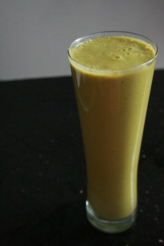 Sweet banana kale smoothie