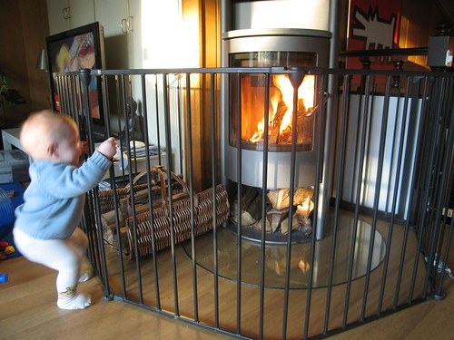 Childproof fireplace