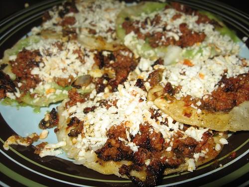 Chalupas Chorizo