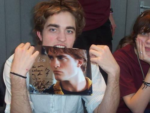 Robert Pattinson by Rio_Grande.