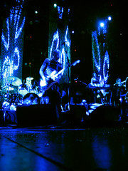 Billy - I Am One Pt. II - 12/8/08 (slowdawn) Tags: chicago smashingpumpkins billycorgan auditoriumtheatre jimmychamberlin jeffschroeder 12808 lisaharriton gingerreyes gingerpooley chrispooley