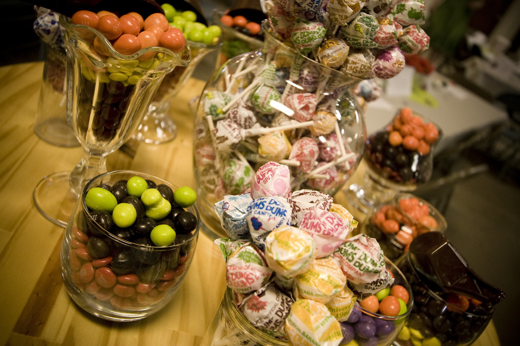 candy table!!