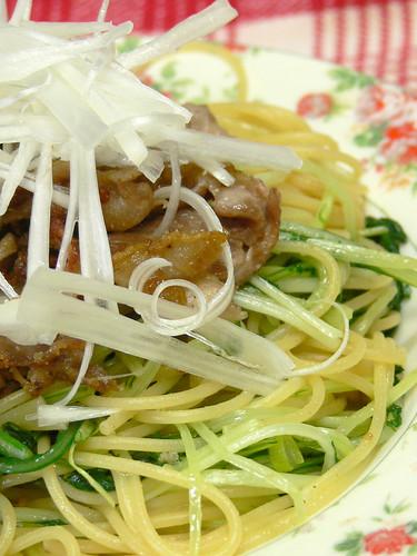 水菜と豚のスパゲティ ゆず胡椒風味