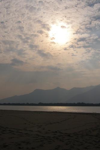 145.Don Daeng島上湄公河的日落 (1)