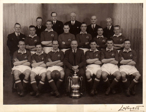 Manchester United 1948 FA Cup Winners team photograph