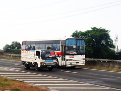 Isuzu JBL Bulders Vs Rabbit 3049 (MrRoadTrip_818) Tags: bus rabbit lines inc philippine prbl kuneho