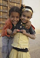 Yemen_22-12-07_158 (Kelly Cheng) Tags: people architecture children manhattan unesco yemen shibam hadhramaut