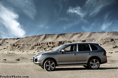 Middle Of the Desert (A.alFoudry) Tags: blue mountain car yellow clouds canon silver eos is desert full cayenne turbo porsche frame 5d kuwait usm fullframe  ef kuwaiti q8 70200mm abdullah   canoneos5d  f28l sabbeya kuw q80 canonef70200mmf28lisusm kathma  xnuzha alfoudry  abdullahalfoudry foudryphotocom  alsabbeya kvwc kuwaitvoluntaryworkcenter