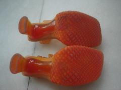 Solado novinho (castelosdeareia) Tags: laranja melissa 35 vixen