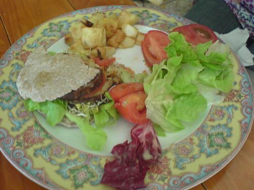 Vege-Burger Meal