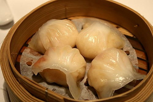 Perfect har gau (shrimp dumplings)