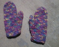 girley mittens without cuffs 8.5.08 cropped