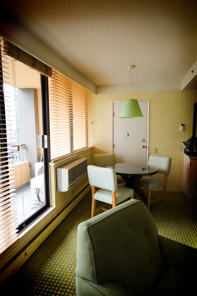 More hotel room pics