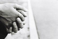 Empty Spaces (Mohav [Trafficante di Sarde]) Tags: blackandwhite hands grain mani biancoenero grana selfdeveloped nikonf4 3200iso kodaktmax emptyspaces nikon50mmf18 spazivuoti 4tografie