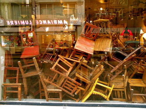 the vitrine was totally filled with chairs before, but I was too late...