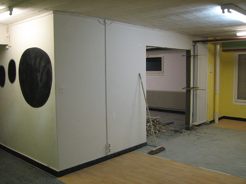 Eclau, trou dans le mur 16
