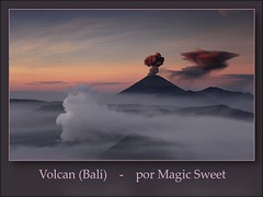 Volcán al amanecer (Bali) (oo Felix oo) Tags: bali landscape paisaje panasonic volcan favemegroup6 tz3 theunforgettablepictures