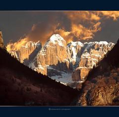 Tramonto sul Brenta  (Dolomiti) (Giancarlo Giupponi  Trentino) Tags: dolomiti brenta golddragon abigfave worldbest goldstaraward thebestofday gnneniyisi damniwishidtakenthat giancarlogiupponi saariysqualitypictures dolomitenmountail