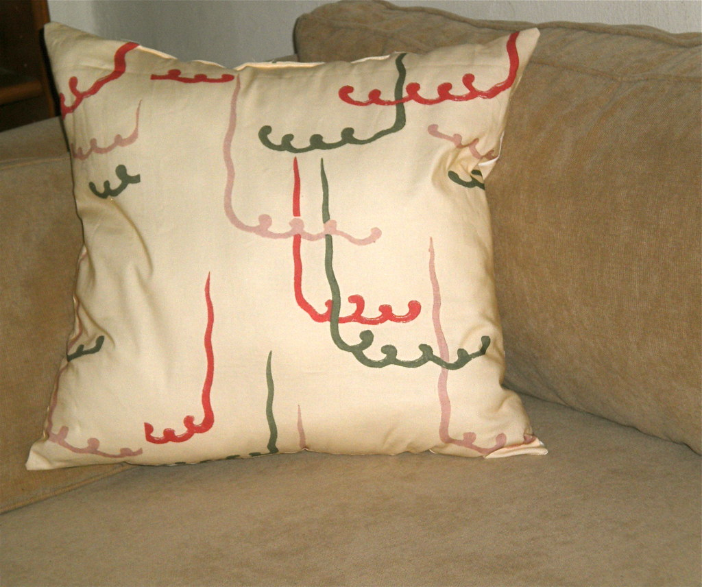 Organic cotton pillow from a vintage design