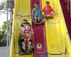 (gregw) Tags: carnival red vanessa yellow giant ella slide wheeeee giantslide lasalette