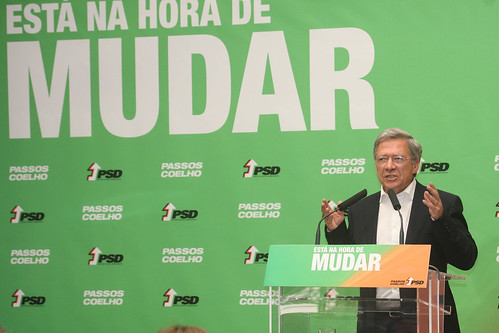Pedro Passos Coelho Almoça Instituições de Solidariedade Social