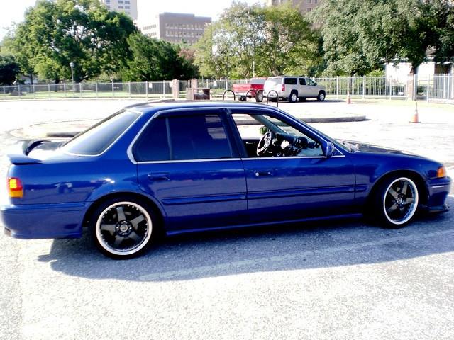 blue honda accord drag pull stand engine houston 1993 midnight runs cb 93 jdm vtec dohc cb7 h22 h22a h22a1 midnightruns