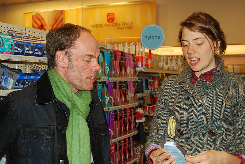 Louis and Melanie discuss the merits of a $20 scissors
