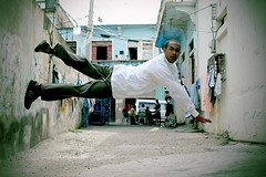 Volando (mdelcid) Tags: del calle dance break dominican republic eco favs barrio marvin baile cid
