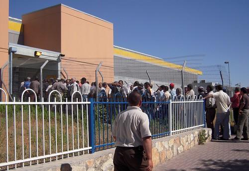 Palestinians return from Jerusalem to Bethlehem