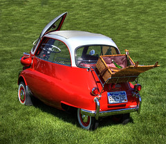 1958 BMW Mini (Thad Roan - Bridgepix) Tags: auto show red white green grass car automobile colorado mini denver explore bmw hdr microcar littleton isetta photomatix 200806 bmw300