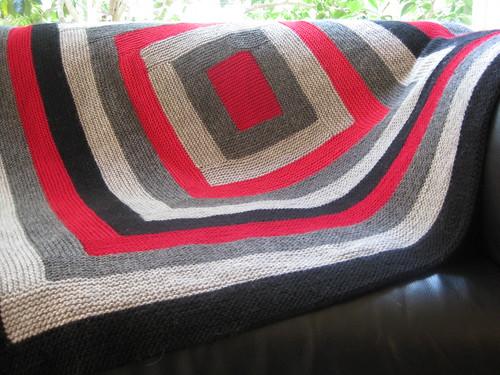 Minimalist log cabin blanket