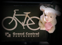 this bike looks my size (Singing With Light) Tags: nyc ny sheep manhattan grandcentral magnetictoy bahbahra